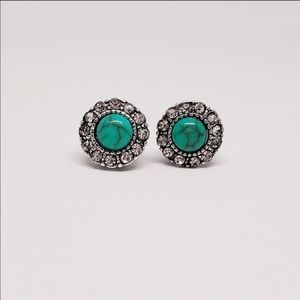 Vintage turquoise style earrings super versatile